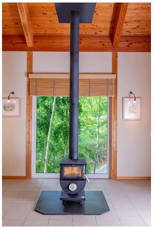 薪ストーブの煙突の利用