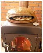 モキ製作所のクッキングストーブでピザ焼き